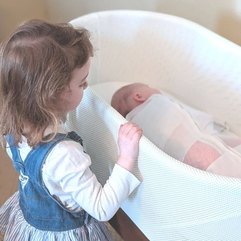 snoo bassinet rental review, is it worth the cost?