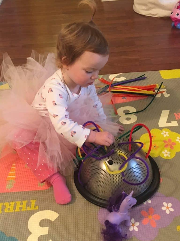 indoor toddler activities pipecleaner