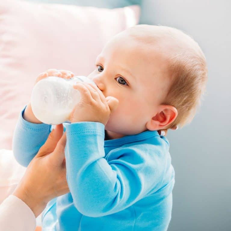 Everything you wanted to know about bottle feeding a breastfed baby